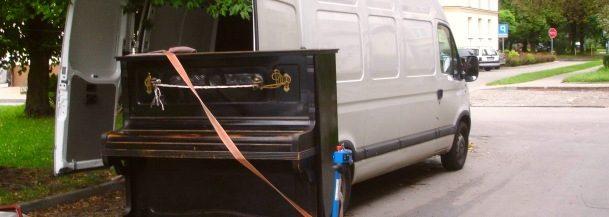 Profi csapattal vállaljuk hangszerek szállítását.